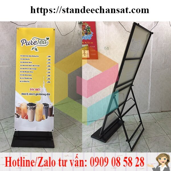 lam-standee-chan-sat-quang-cao
