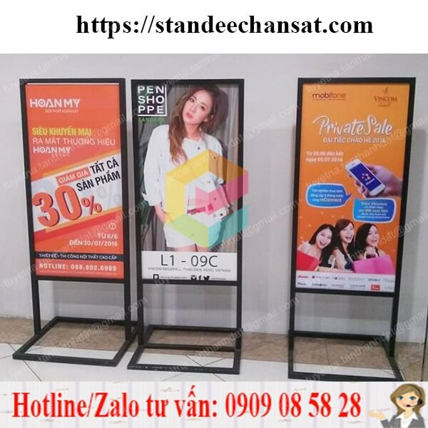 standee khung sat co dinh dep