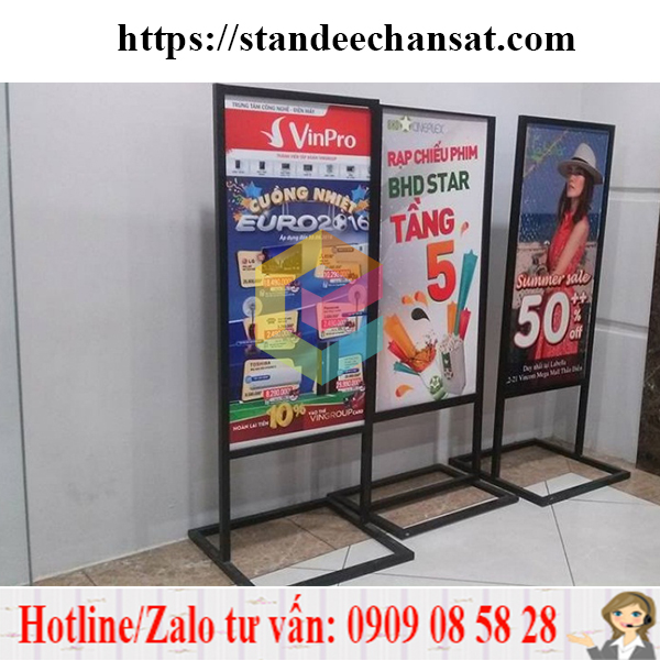 standee mo hinh khung sat op format