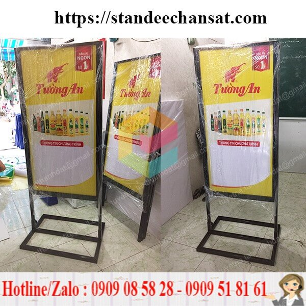 standee khung sat quang cao dep