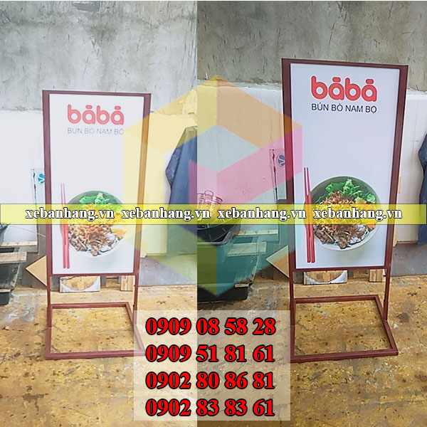khung standee op format gia re