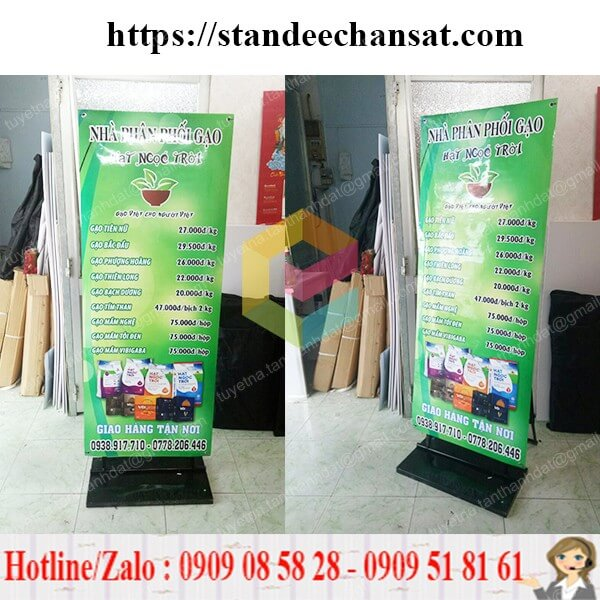 standee khung sat treo poster