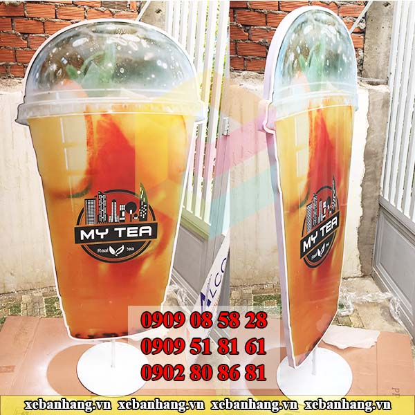 cung cap standee mo hinh ly tra dao gia re