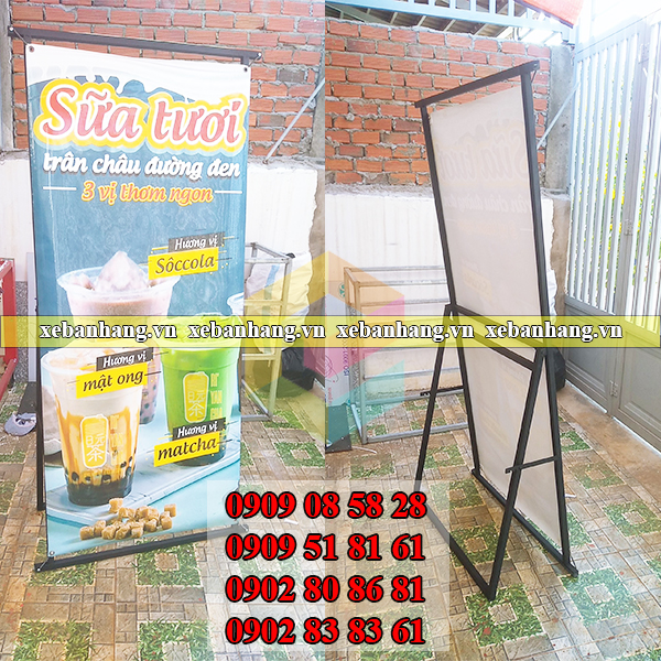 standee treo poster gia re