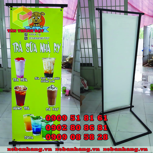 standee l treo banner quang cao
