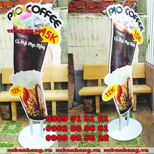 standee mo hinh ly cafe 1 mat